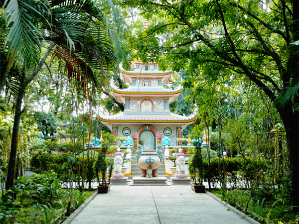 buddhistischer_Tempel1_600x450