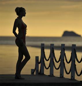 Elischeba bei Sonnenuntergang in Thailand