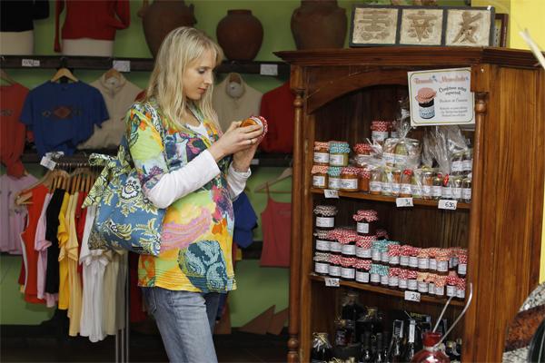 Elischeba beim Shoppen in Teguise