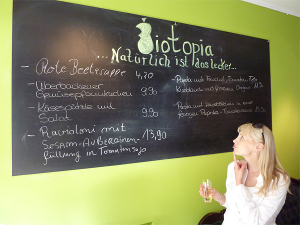 Tafel Wandfarbe restaurantkritik biotopia dortmund elischebas reiseblog