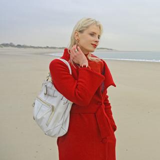 Elischeba im roten Mantel in Zeeland