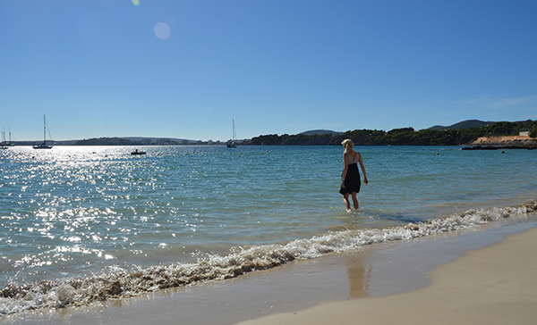 Strand am Hafen