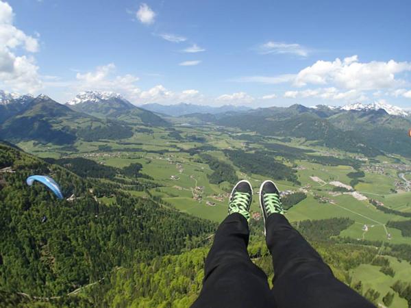 Paragliding_600