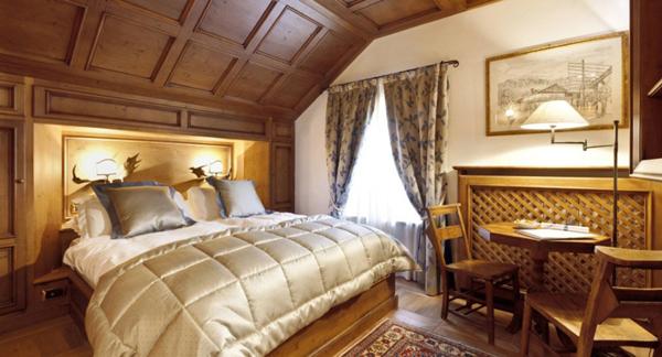 ambra-luxury-roof-room_600x324
