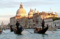 Venedig mit dem Vaporetto erkunden und Badeurlaub in Jesolo