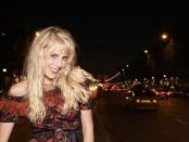 Elischeba in Paris bei Nacht