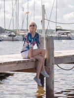 Elischeba Wilde im Hafen von Rerik